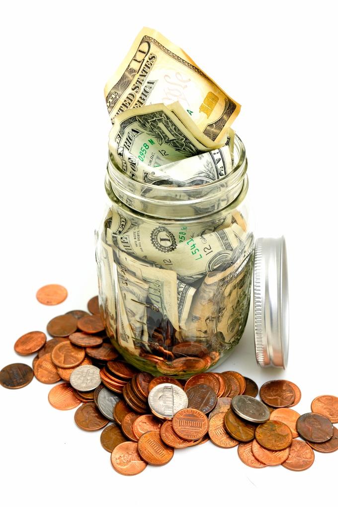 Minimum wage increase could increase workers' cash savings