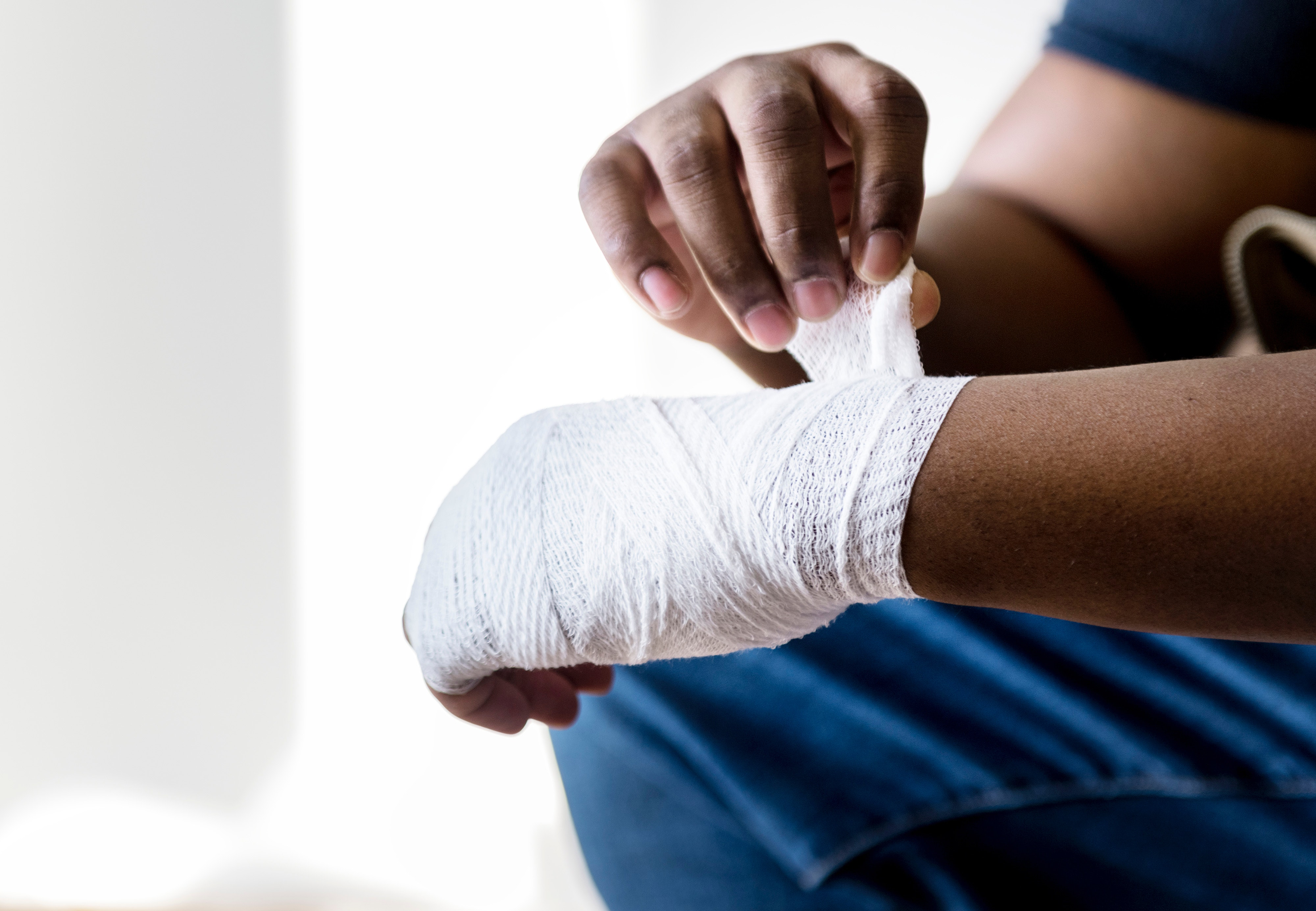 arm-bandage-hands-1409706