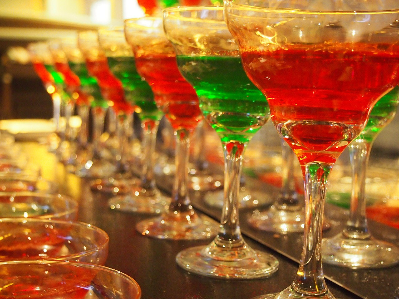 holiday cocktails.jpg